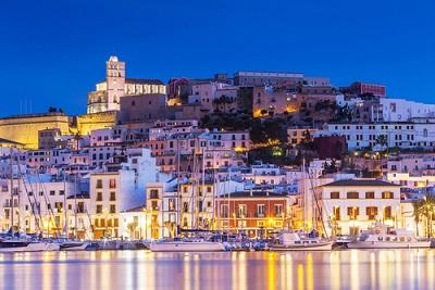 Waar ligt Ibiza